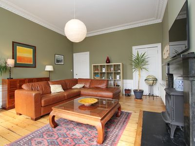 Photo for Home from home, two bed apartment in Stockbridge