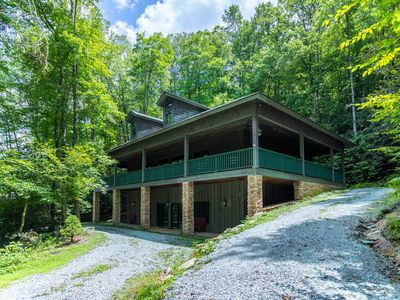 Photo for Honey Bear Haven ~In Gated Community, Pool Table, Outdoor Fireplace, Close to Boone!