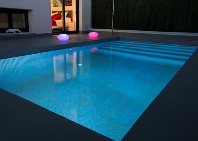 Heated pool 365 days per year! LED mood lights, automated pool light & pool toys