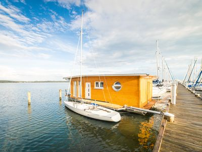 "Photo for Exclusive holiday experience right on the water in the ""Comfort Houseboat I"""