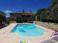 Wonderful relaxing home to enjoy the sunshine, magnificent pool and beautiful landscape.