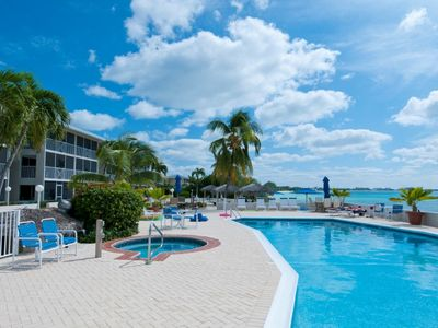 Photo for Discovery Point Club #6 Ground Floor Sleeps 6 Seven Mile Beach at it's finest!