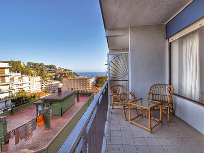Photo for Apartment located at 200m from the beach, with terrace, wifi. Ref. A039
