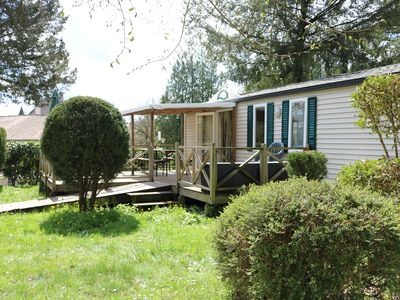 Photo for Wheelchair-friendly mobile home in the Dordogne on a child-friendly campsite