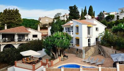 Photo for Luxury villa with 3 apartments, 25 km east of Malaga. 500 meters from the sea