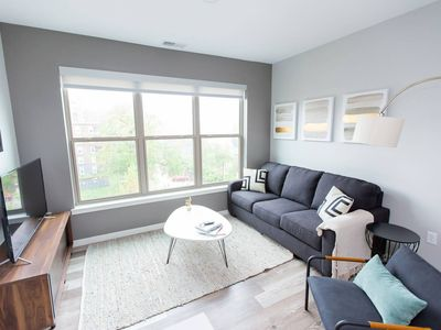 Photo for Kasa | St. Louis | Dreamy 2BD/2BA Forest Park Apartment