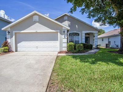 Lovely 4 bedroom home with stunning views and 15 minutes from Disney parks