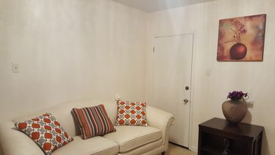 Photo for 4 bedroom near AT&T stadium, Texas live, Rangers, Six flags