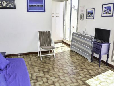 Photo for Apartment Las Palmas 2 in Narbonne-Plage - 2 persons, 1 bedrooms