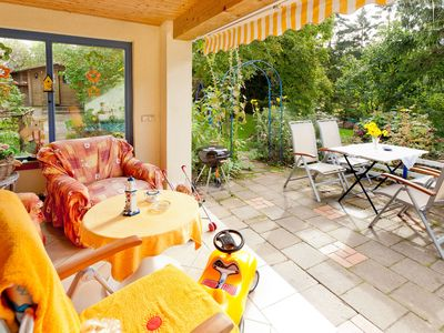 Photo for Family-friendly fairytale cottage on Rügen, many children's extras