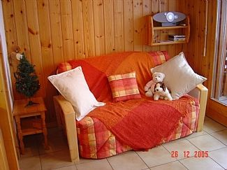 Pull out sofa bed