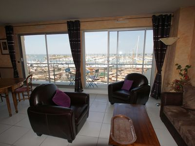 Photo for T3 apartment with great views of the pool and marina