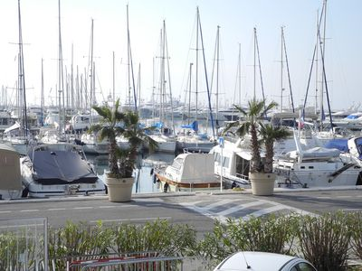 Photo for 3-room apartment for rent, 95 m², 4 to 6 people, Canto Harbour, Croisette