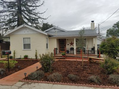Photo for Three Bedrooms Two Baths sleeps 6 - Walking distance to Downtown Paso Robles