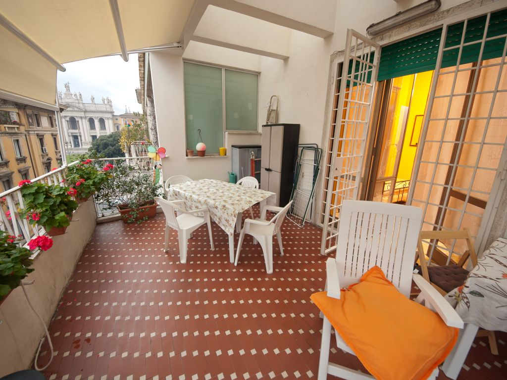 Confortable apartment near San Giovanni subway station Rome ideal for families