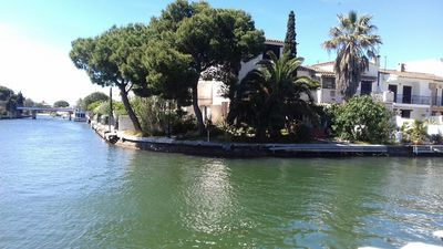 Photo for HOUSE 8 PERSONS EMPURIABRAVA ON CANALS WITH GARDEN TREE AMARRE 12M PRIVATE
