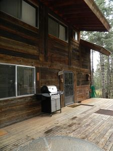 Large deck with BBQ Grill