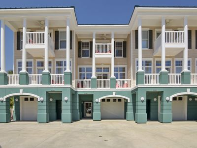 Photo for Large Townhouse~ 5BD/4.5/BA~ FREE activities~