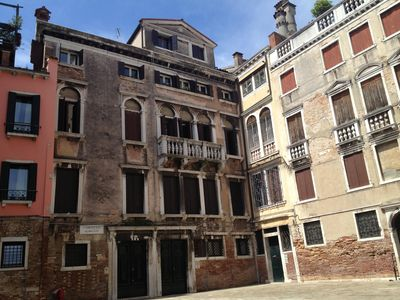Photo for Venice S.Polo cosy 1 bedroom + 1 sofabed apartment in the Rialto area.