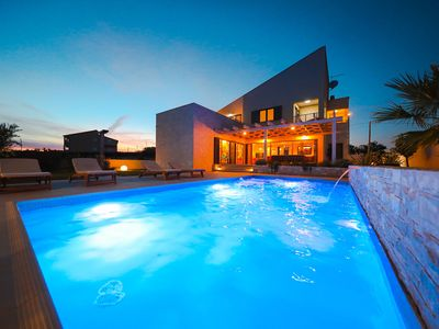 Photo for Splendid villa with private, heatable pool, big roofed terrace, outdoor kitchen