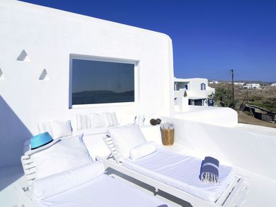 Photo for Beautiful villa, 50 m from beach and close to other beautiful beaches on Mykonos