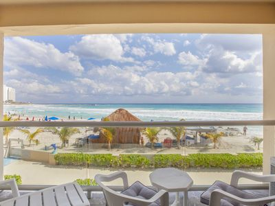 Photo for Beachfront studio with amazing views located on the best beach in Cancun!