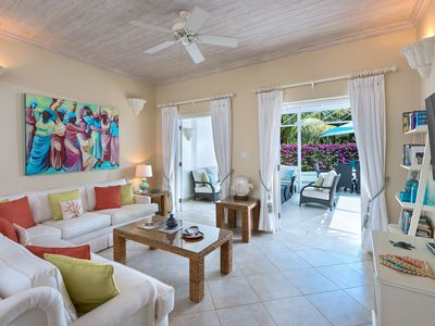 Comfortable 3bed Villa, BBQ, Pool, Beach Access, Housekeeping and more!