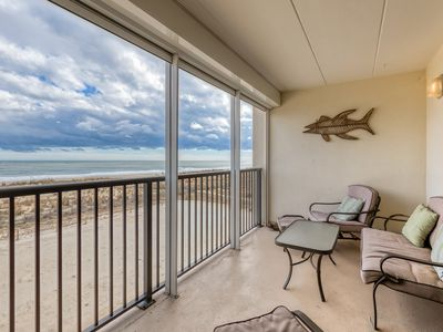 Photo for Family-friendly oceanfront condo w/private balcony - stunning views!