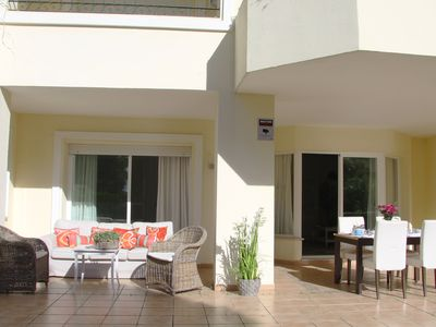 Photo for Beautiful, cozy apartment 50 meters from the beach