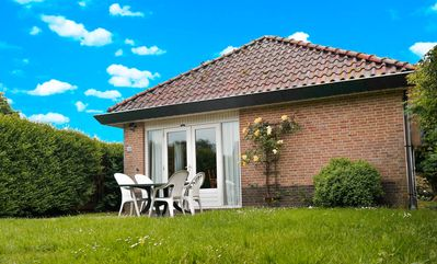 Photo for 6pers. Family-friendly home behind the dyke and by the Lauwersmeer