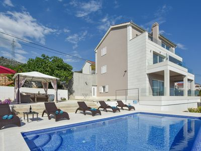 Photo for Villa Annie - holiday home with beautiful sea view and private pool