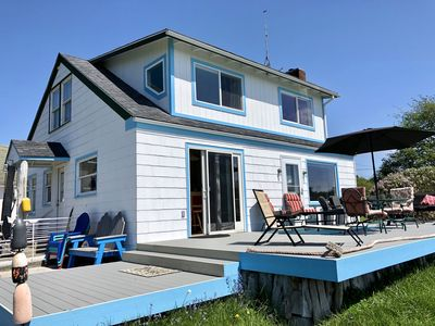 The BeachFarm! A charming renovated farmhouse with a coastal flair!