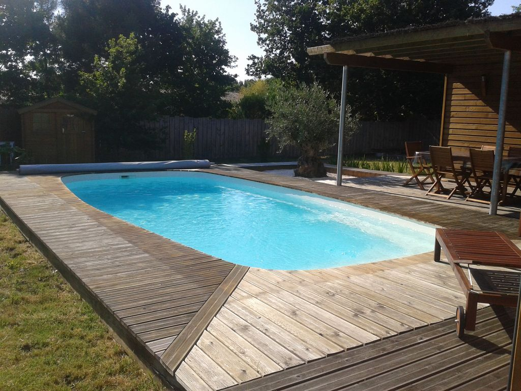 housing habitability swimming pools essay The environmental services group appreciates that you asked us to help you with planning for a proposed swimming pool in your large lawn area as there are.