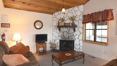 """Photo for Upper Canyon Lodging Co - """"Coronado"""" - Wrap around deck with great forest views"""