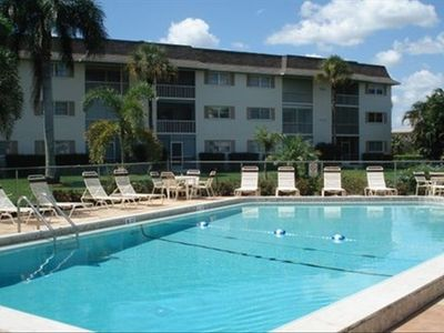Beautiful heated pool, club house,4 gas grills, restrooms and outside shower!