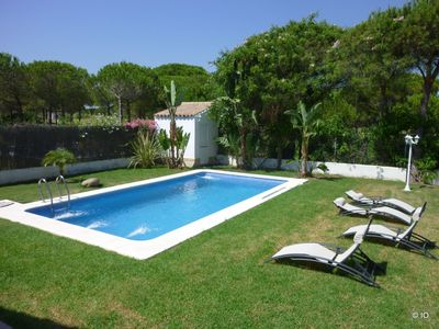 Photo for Detached villa with private pool Sancti Petri near golf and beach 1000 m
