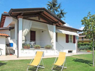 Photo for Vacation home Casa Mordure  in Querceta (LU), Riviera della Versilia - 5 persons, 2 bedrooms