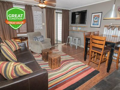 Photo for NO BAIT & SWITCH PRICING | Includes Parking/Cleaning | 2BR/2BA | Sleep 6 | ML123