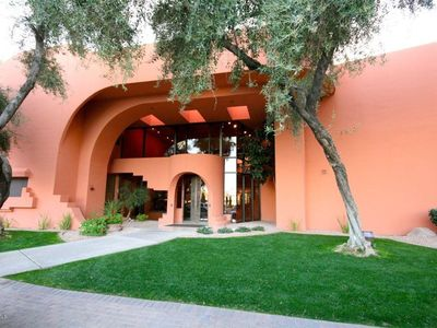 Photo for RARE FIND in BLDG 2, GRND FLR UNIT. PERFECT GETAWAY OASIS. WALK TO PV MALL.