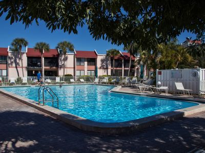Photo for Charming and Updated 1 Bedroom in Runaway Bay on Bradenton Beach