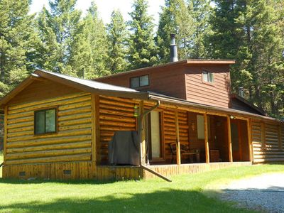 Secluded Mountain Cabin,  Only Short Drive To Kalispell and Glacier N.P.