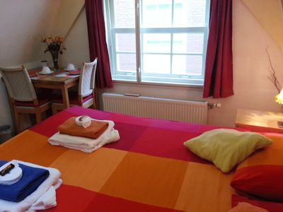 Photo for Amsterdam B & B CityCenter is just 3 minutes walking from central station & Dam