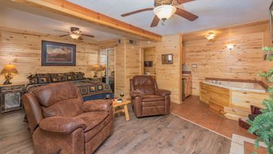 """Photo for Upper Canyon Inn & Cabins - """"Lodge 4"""" - Romantic Whirlpool Suite with Fireplace"""