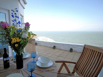 Photo for 2 bedroom Apartment in Ilfracombe - OCEAN