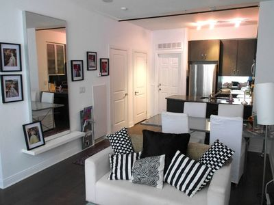 Photo for Charming 1 Bedroom Town Home in Yorkville