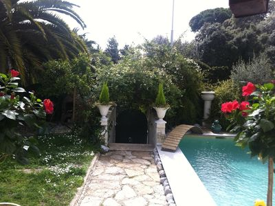 Photo for Nice Art Deco villa, garden and pool in a residential area in Nice