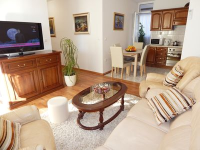 Photo for Apartment with three bedrooms and private parking near the beach Znjan