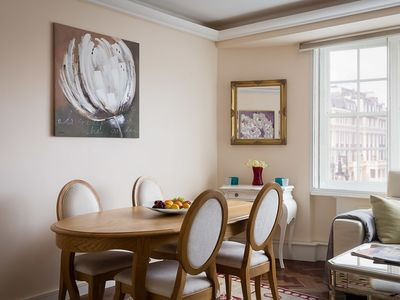 Photo for 2-bed 2-bath in the heart of London