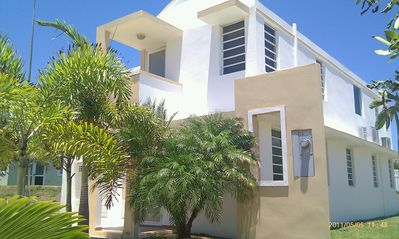 Photo for Family Friendly Private House/Gated. Direct Access to Atlantic Ocean