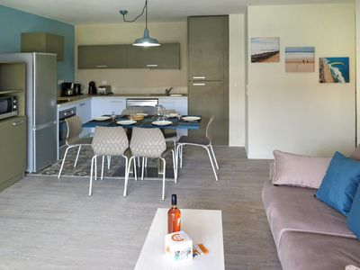 Photo for 2 bedroom Apartment, sleeps 6 in Vieux-Boucau-les-Bains with Pool and WiFi